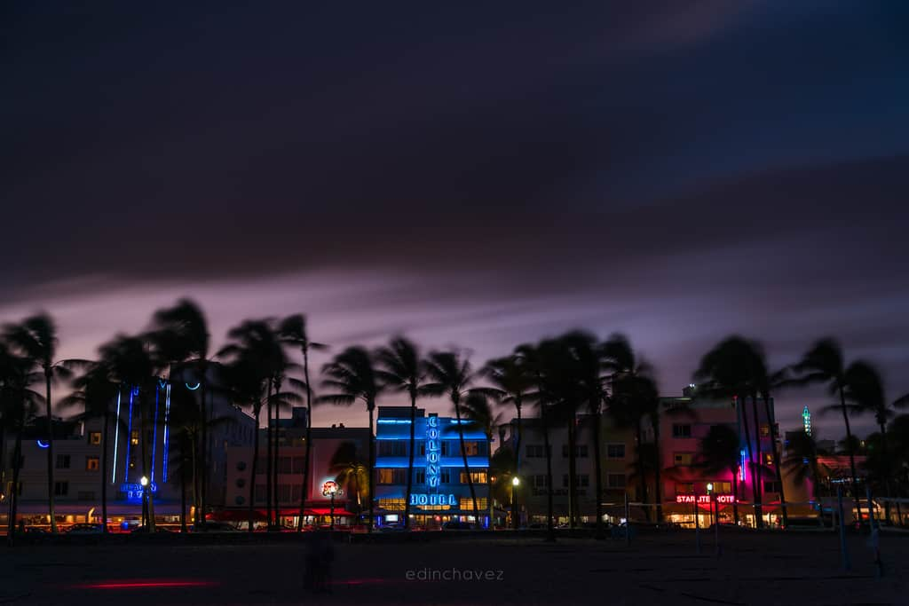 Ocean Drive Dressed in Purple - image  on https://blog.edinchavez.com