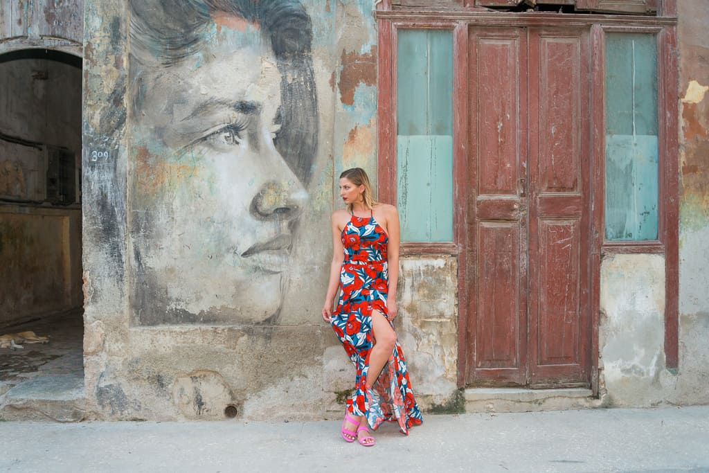 Stuck in Havana Cuba With Two Beautiful Blonds - image  on https://blog.edinchavez.com
