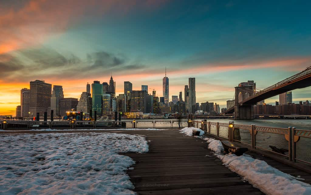 Best Photography Spots In Brooklyn New York Main Street Park The Old Bakery Brooklyn Bridge Lookout