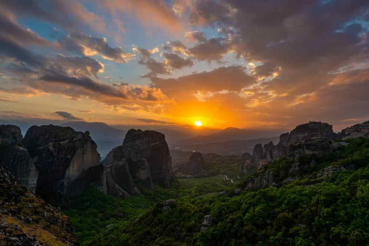 best photography locations in meteora greece