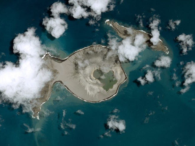 This spectacular photo of the ephemeral island created by the Hunga Tonga volcano was made possible by les bonnes gens at the Centre National d'Etudes Spatiales (CNES), the French space agency, and the aeronautics company Airbus. Zoom in even closer here. Photograph by CNES 2015, Distribution Airbus DS/Spot Image