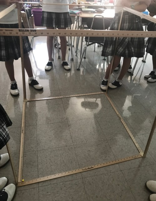 kids-measuring-cubic-brynn