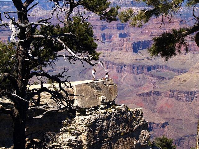 grand-canyon-50617_640