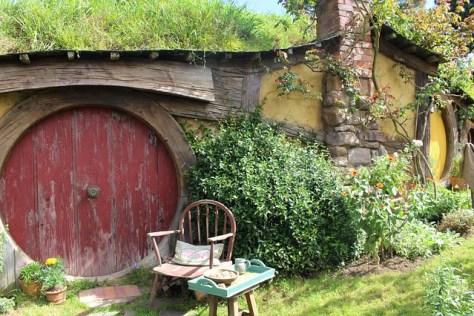 hobbiton-1586978_640
