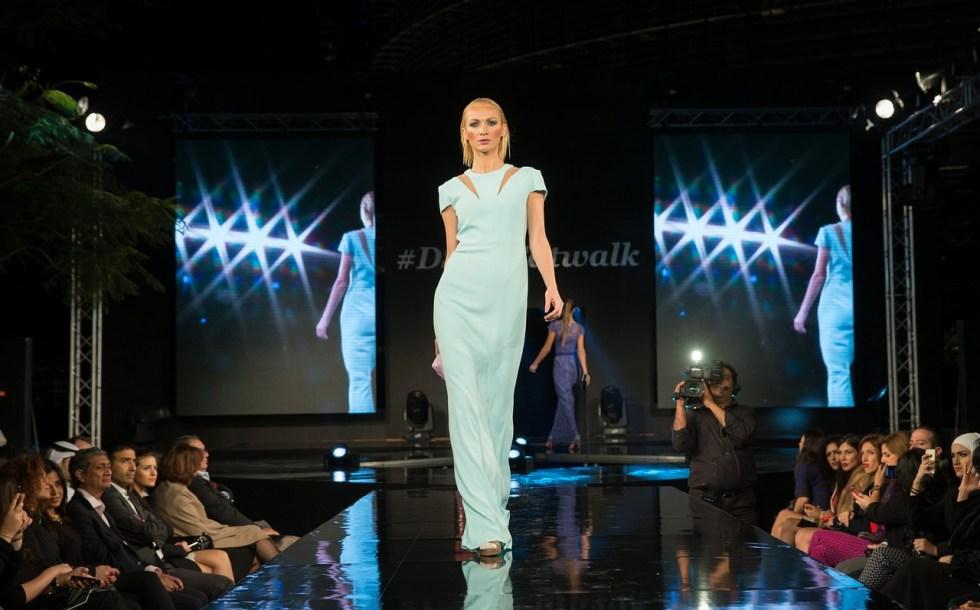 fashion-show-1746590_1280