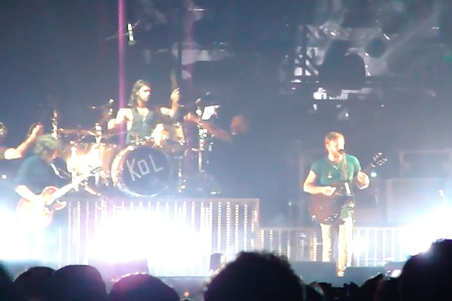 KingsOfLeon_Still_120115