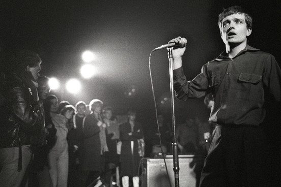 2014JoyDivision_Getty88429776_210314