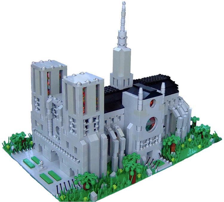 Catedral de Notre Dame microscale, por Dylan B