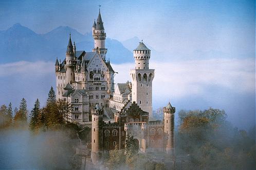 Neuschwanstein: castillo entre nieblas