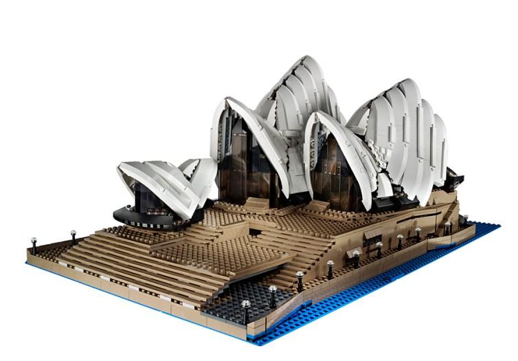 lego-10234-sydney-opera-house-1