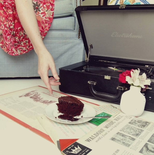 Cake and vinyl A pretty good combo! Photo by hepcathannahhellip