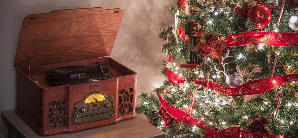 Top 10 Holiday Albums to Listen to on Vinyl