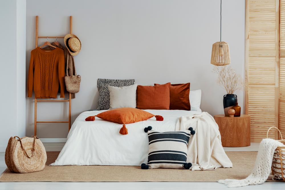 dormitor in nuante de portocaliu