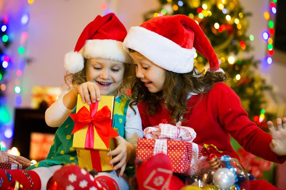 cadouri pentru bebelusi si copii
