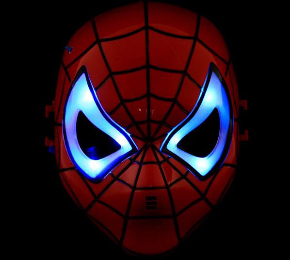 Máscaras de LED homem aranha ligada