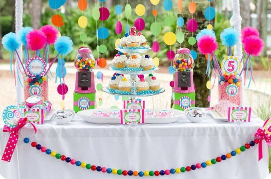 Candy-Party-Dessert-bar