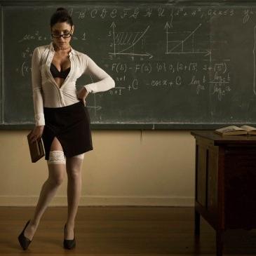 14. ¿Tu maestra te reta y te tenés que quedar después de clases? ¡VAMOS! Significa que hoy hay sexo.