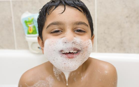 8. La cresta con shampoo o la barba de jabón.