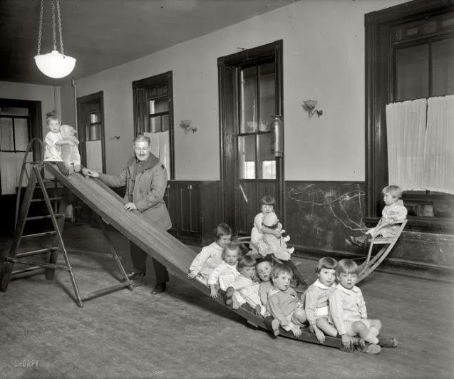 27. Sala de juegos del Hospital de Niños Expósitos. Washington, DC