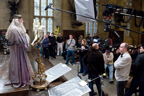 2. Hubo protestas cuando se decidió que la catedral de Glowcester sería Hogwarts debido a la brujería.