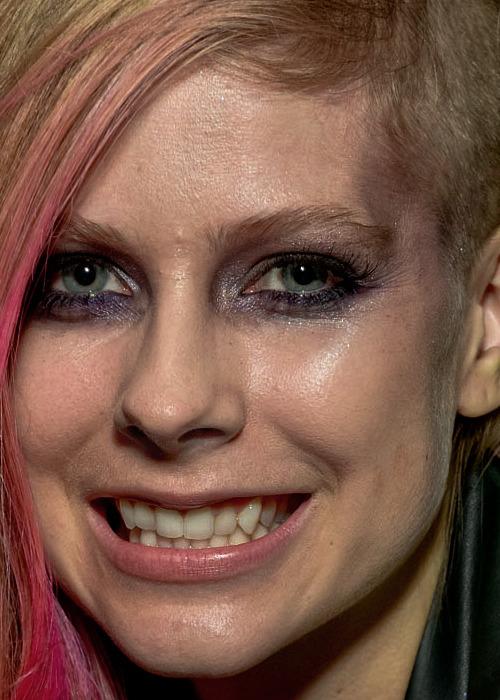 29. Avril Lavigne