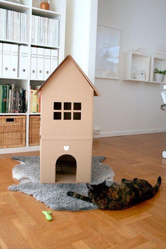 3. Si sólo querés hacer algo simple, podés intentar esta casa de dos pisos.