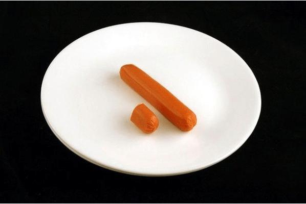 5. 66 gramos de salchichas son 200 calorías