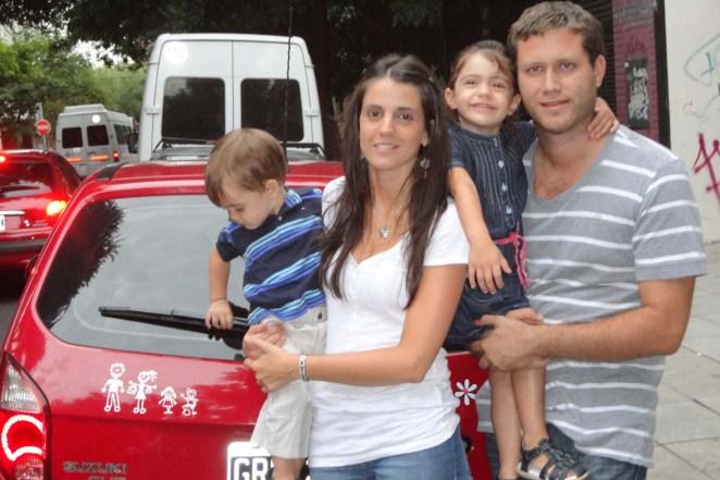 5- Stickers de la familia en los autos