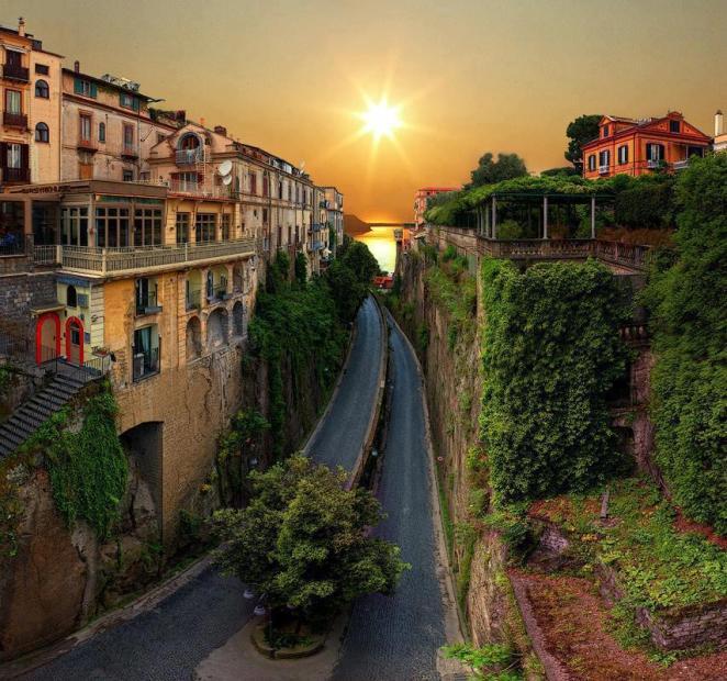 25. Sorrento, sur de Italia