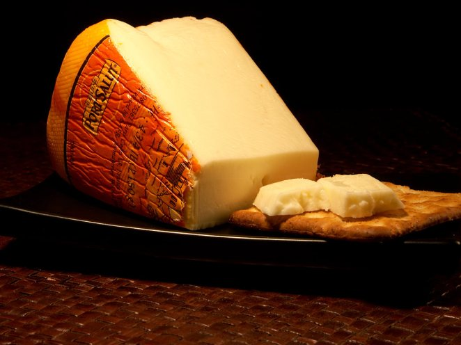 12. Cubos de Queso Port Salut Light