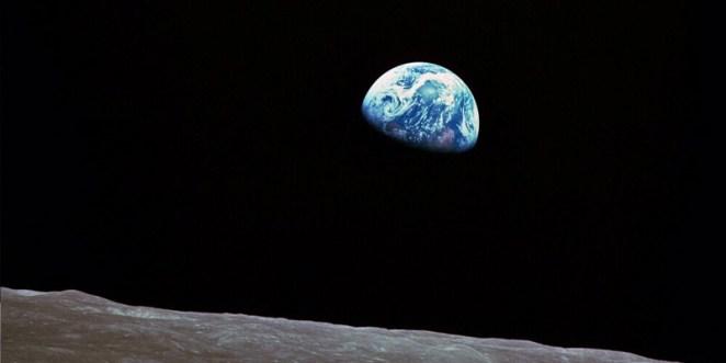 21. Si la historia de la Tierra se resumiera a un solo año, los humanos modernos aparecerían el 31 de diciembre a las 23:58 aproximadamente.
