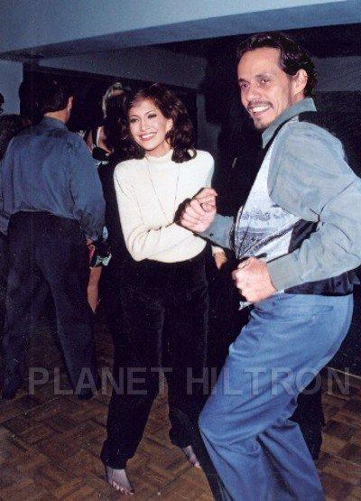 Jennifer Lopez y Mark Anthony. Nuestros investigadores siguen buscando pruebas de que esta foto no sea real.