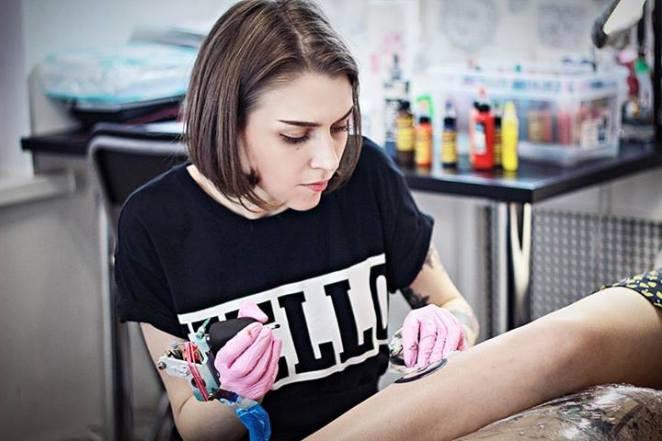 Sasha es una artista rusa