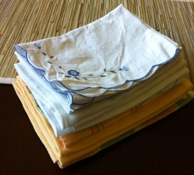 9. Podés desinfectar los repasadores y servilletas de tu cocina metiéndolas húmedas con agua y jabón a máxima potencia durante 3 ó 4 minutos