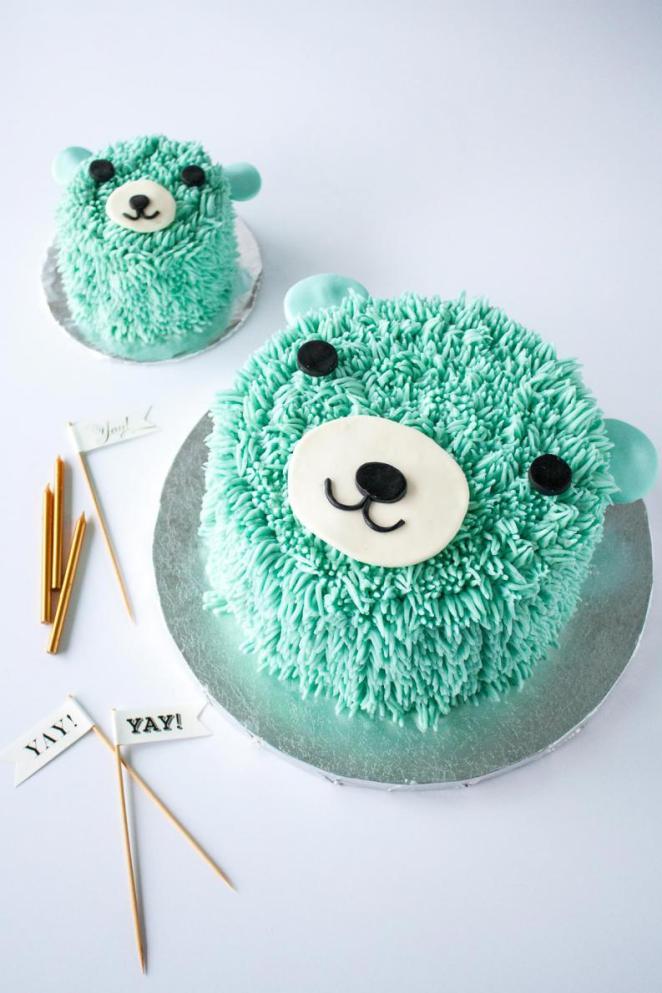 bear cake 3