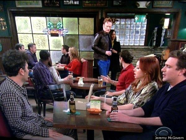 Y hasta hay algunos que hacen cameos, com Conan O´ Brien en la séptima temporada