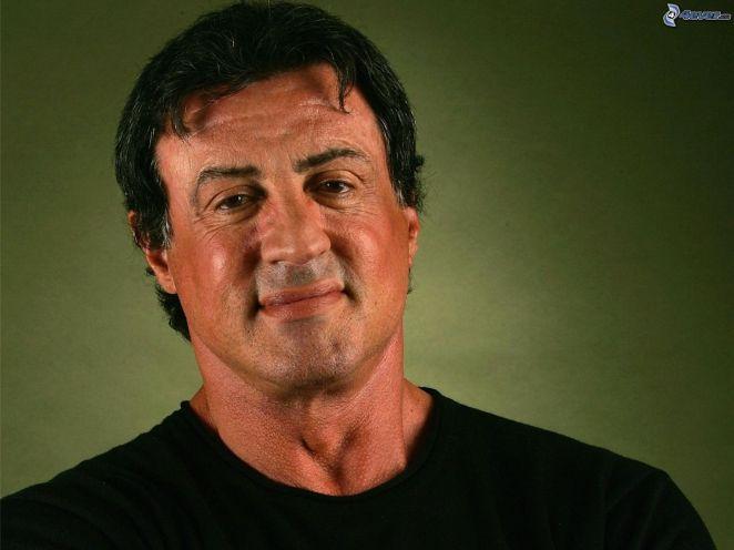 4. Sylvester Stallone. El duro de Rocky y Rambo no siempre la tuvo fácil, tuvo que empezar actuando en lo primero que encontró y eso fue la película pornográfica The Party at Kitty and Stud