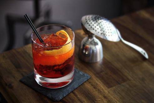 ¿Qué te parecieron los tragos? Ya tenés las recetas. ¡Ahora solo te queda sacar tus vasos más lindos e invitar a tus amigos!