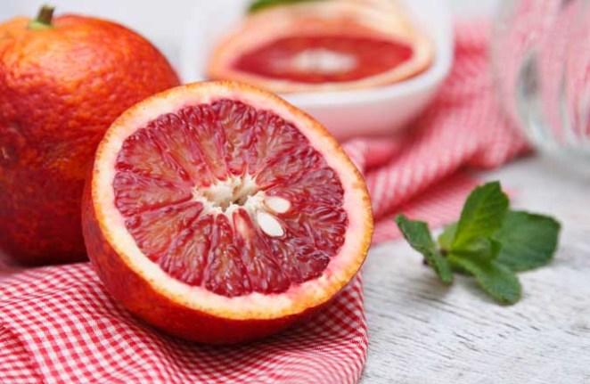 3. Las naranjas, recién exprimidas y en su punto justo, como las del sur de Italia