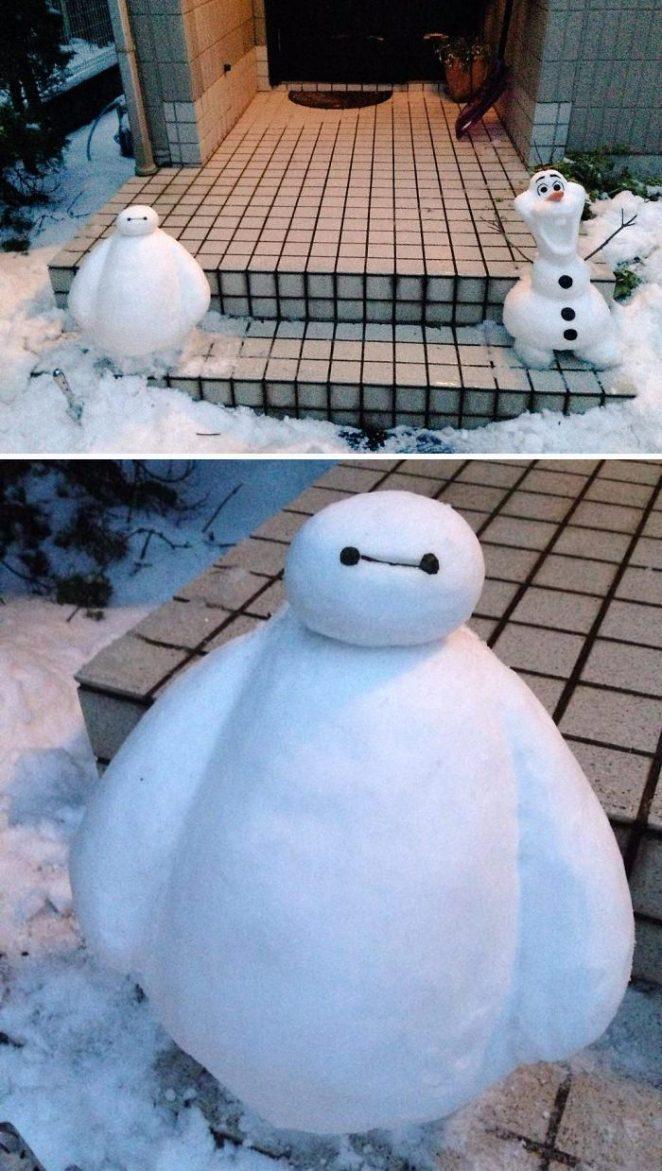 Heavey snow fall Tokyo creative snowman