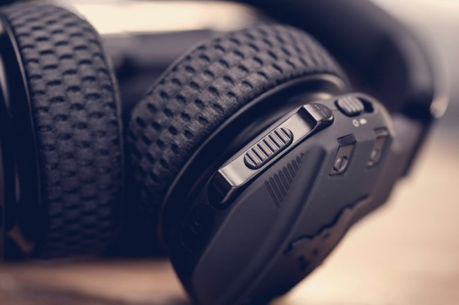 The buttons on the outer part of the Project Rock headphones are also larger than on most wireless headphones, so that it