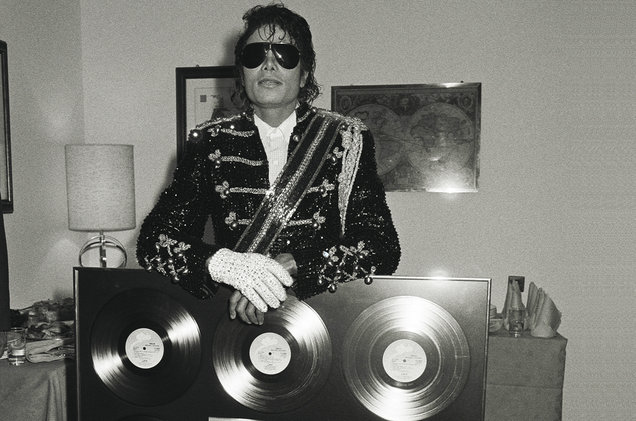 Resultado de imagen para thriller platinum record