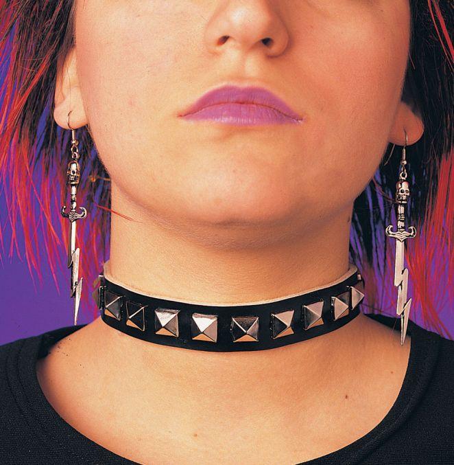 Resultado de imagen para collar punk tachas