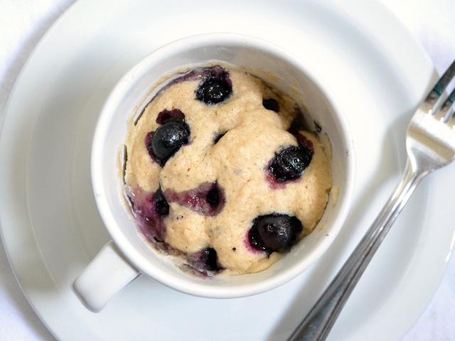 Resultado de imagen para blueberry muffin in a mug