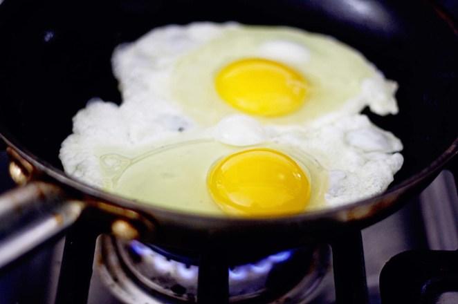 Resultado de imagen para huevos fritos