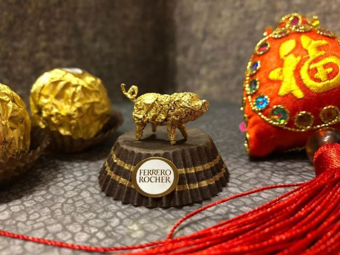 Chinese Makes Incredible Sculptures With Ferrero Rocher