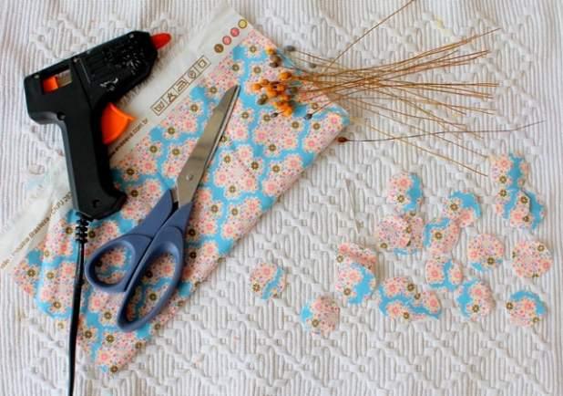 como fazer flor de tecido