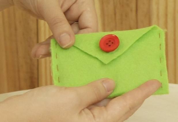 Porta-cartão de feltro