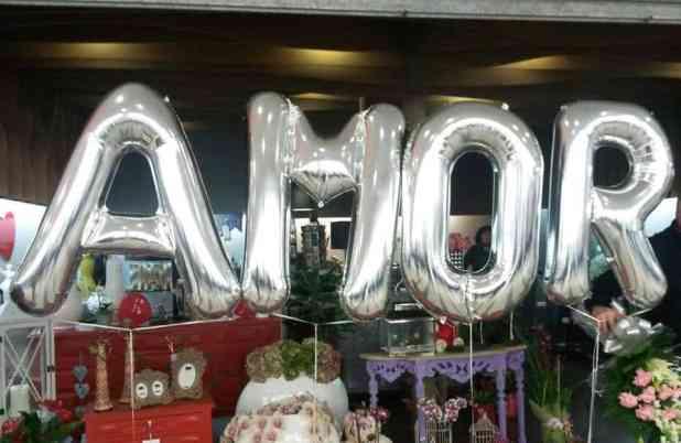 Balões de números e letras elo7