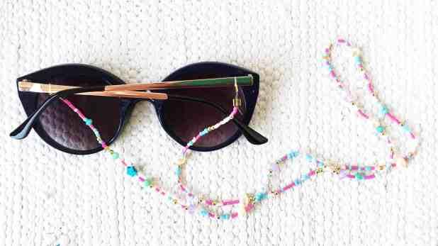Como fazer cordinha de óculos  aprenda com esse tutorial fácil, fácil! 6f42c4bc2f